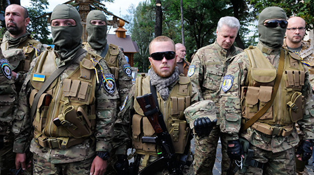 Украинские добровольческие батальоны на треть состоят из уголовников