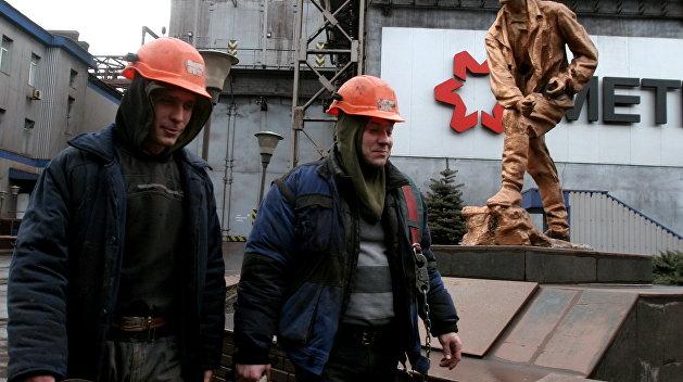 Захарченко: Весь персонал на украинских предприятиях в Донбассе будет под управлением ДНР