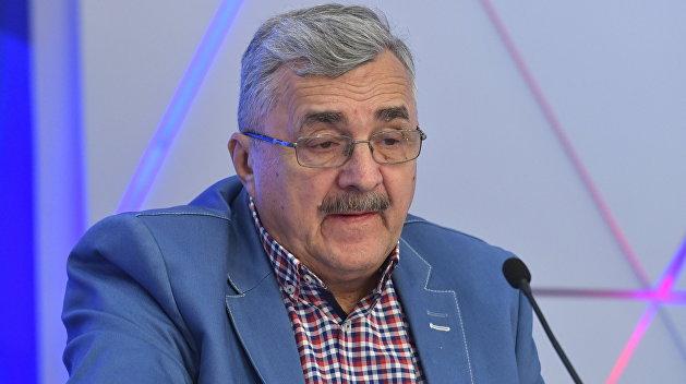 Жарихин: Байден передаст Украину в другие руки