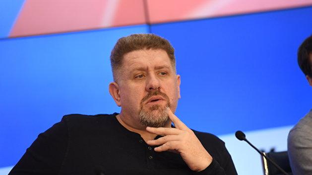 Кость Бондаренко объяснил, почему Порошенко не удалось создать авторитарный режим