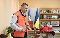 Как команда Зеленского превращает мэра Кличко в грушу для битья. 8 декабря его переизберут