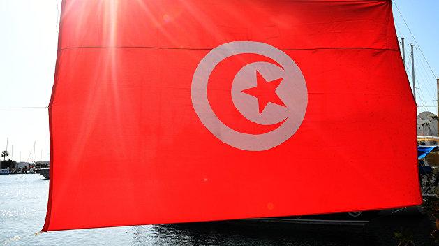 Мэр Херсона в компании депутата и чиновника срочно улетел в Тунис
