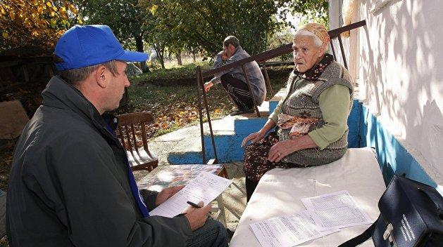 К чему бы это? На Украине и в республиках Донбасса пересчитают души