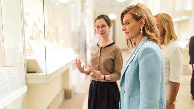 Офис президента рассказал, чем занималась первая леди Украины, пока Зеленский общался с Трампом