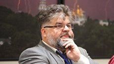 Вакарчук и женщины-депутаты устроили демарш на заседании комитета Рады из-за председательства Яременко