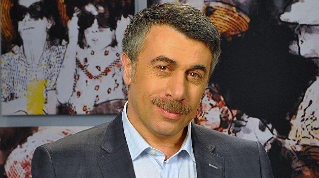 «Избавляться от саботажников»: Комаровский требует от Зеленского созвать СНБО по борьбе с корью