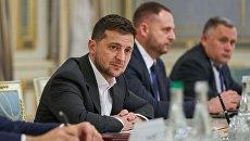 Надежды разбились о реальность: итоги 6 месяцев президентства Зеленского