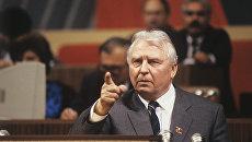Егору Лигачеву – 99