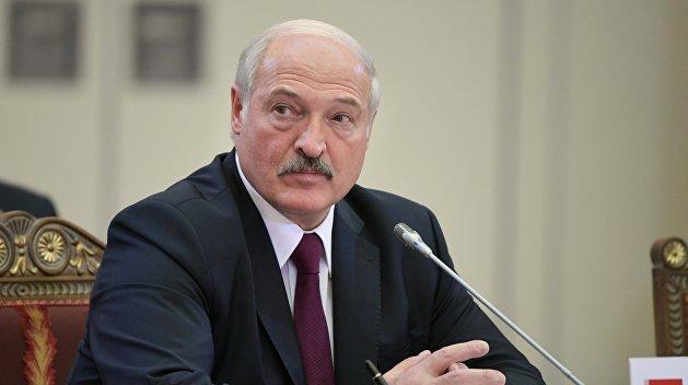 Лукашенко уже «качают», но он не хочет это замечать – политолог Кнырик