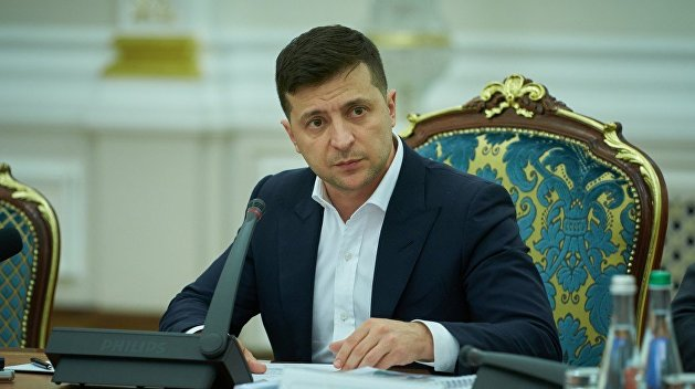 «Мы несем ответственность»: Зеленский пообещал довести до конца земельную реформу