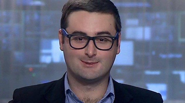 «Удобный оппонент для Зеленского»: Молчанов объяснил, почему украинские власти не сажают Порошенко