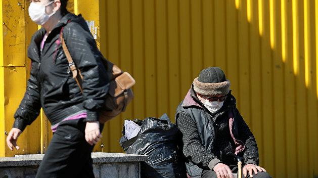 Мэр украинского города емко описал, сколько на борьбу с коронавирусом ему дал центр