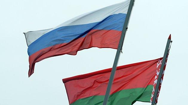 Россия очень ограничена в своих действиях в ситуации с Белоруссией - эксперт