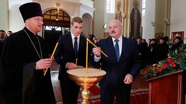 Лукашенко назвал православную церковь опорой и стержнем государства
