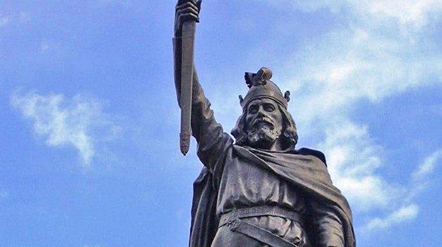 «Позор англосаксонским поджигателям войны!» Французы и канадцы ударили по истории Великобритании