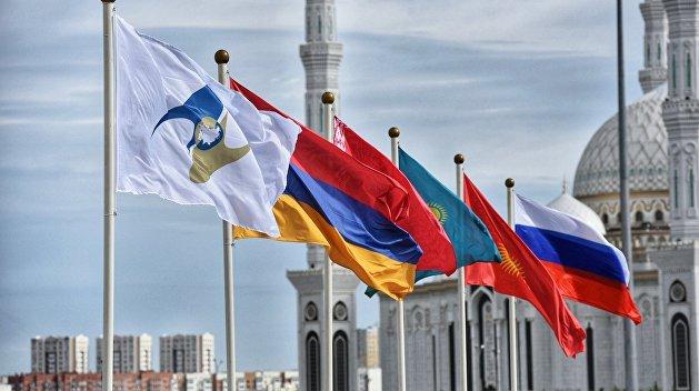 Армянский эксперт назвал главную проблему, с которой столкнулась РФ в вопросе постсоветской интеграции