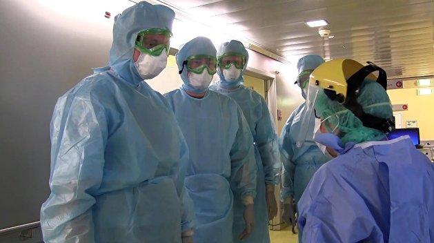 На Украине за сутки коронавирусом заболели почти 1800 человек