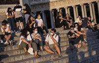 Европа выходит из пандемии: новые стандарты гигиены, бесплатные маски во Франции и «коронавирусная вечеринка» в Польше