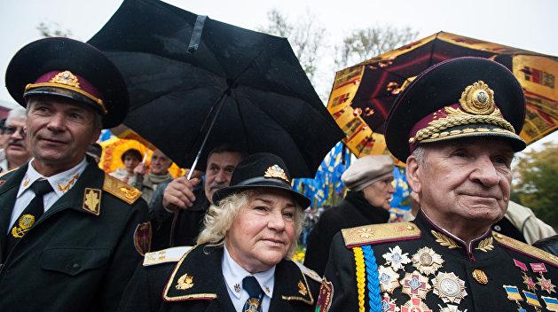 Украинских школьников будут учить разведке по методике УПА