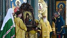 Почему патриарх Кирилл передал Сергею Шойгу святыню родом из-под Харькова