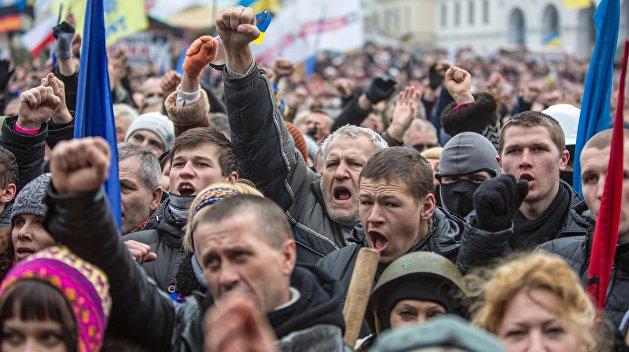 Святослав Вышинский: украинцы готовы выходить на улицы просто ради куска хлеба