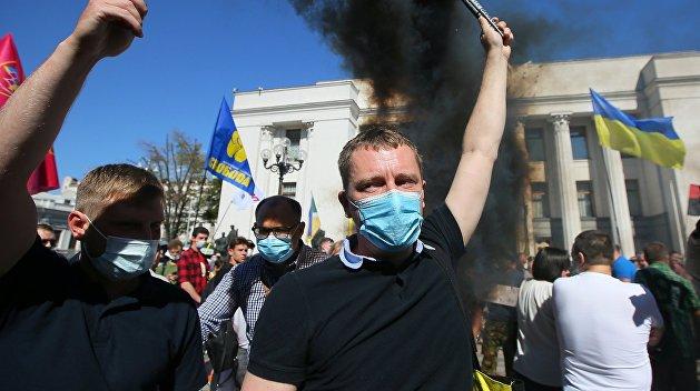 «В тех городах, где есть что делить, будет бойня»: Золотарев о предстоящих выборах на Украине