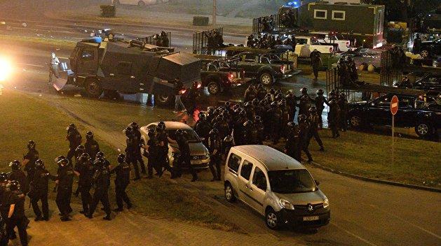 В ГАИ Белоруссии рассказали, сколько милиционеров сбили машины протестующих