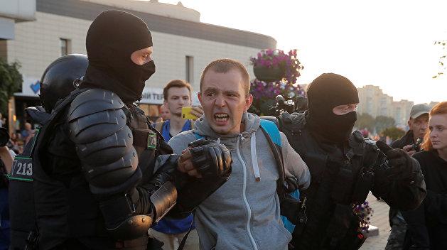 «Вспомните, чья была кровь на Майдане»: лидер «Бумбокса» призвал коллег поддержать протестующих белорусов