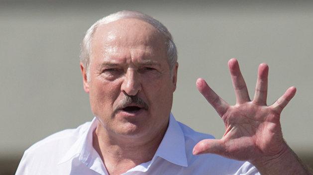 «Ее кинули на пепелище». Лукашенко дал характеристику Тихановской