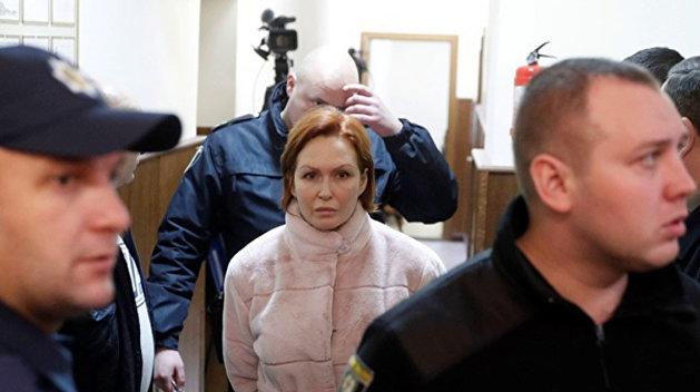 С подозреваемой в убийстве Шеремета сняли браслет