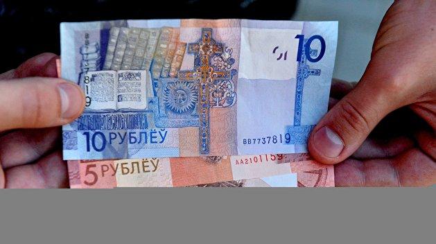 Долларовый удар. К чему стремится белорусская оппозиция