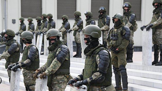 Западные СМИ: о чем думает белорусский народ и кого поддерживает армия