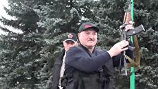 Белорусский журналист о Лукашенко с автоматом: «Чувство, что живу не в центре Европы, а в Венесуэле»
