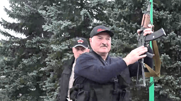 Ищенко объяснил, почему «беломайдан» ничему не научил Лукашенко