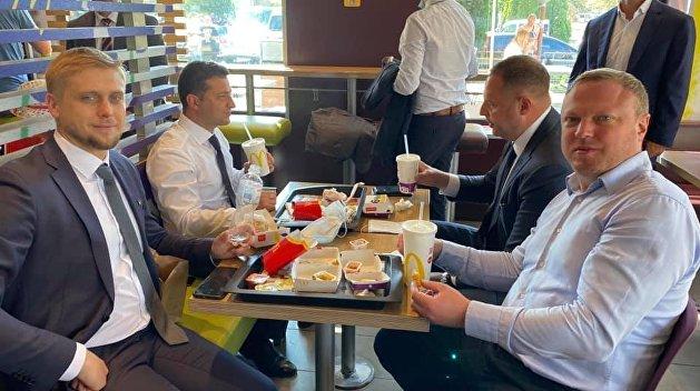 Появился без предупреждения: Зеленский отобедал в «Макдональдсе»