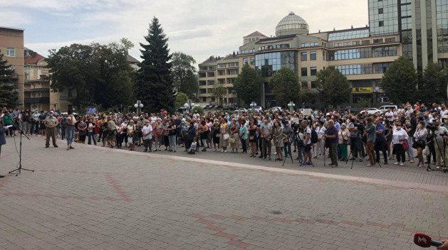 В Ивано-Франковске к протесту против «красной зоны» присоединились местные депутаты