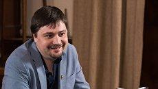 Московский писатель призвал не делать из помощи Донбассу «пиар на крови»