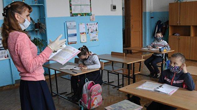 На Украине учителей в очередной раз обманули с повышением зарплат