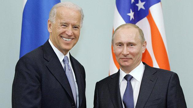 «Истерика от бессилия»: Байден заявил, что считает Путина «убийцей»