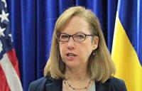 Квин объяснила, почему Байден не спешит на Украину