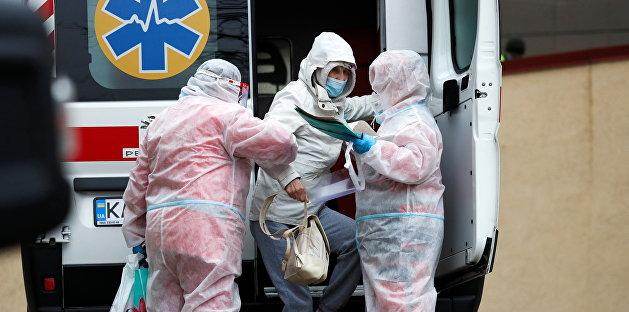 В Славянске мать избила фельдшера, требуя тест на COVID-19