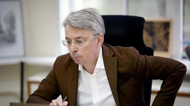 Министр культуры Ткаченко опроверг «захват» Одесской киностудии вместе с Коломойским
