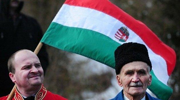 Глава Тернопольского облсовета пригрозил венграм Украины