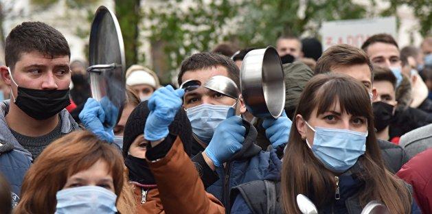 Украина и «русский след вируса»: весь мир COVID, а люди в нем агенты