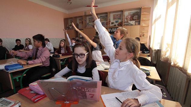 Профсоюз образования: Верховная Рада обманула учителей