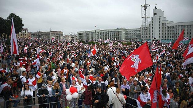 Суздальцев рассказал о войне, которую ведет власть Лукашенко против Минска