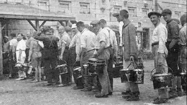 «Белые рабы»: почему украинцы Канады регулярно попадали в концентрационные лагеря