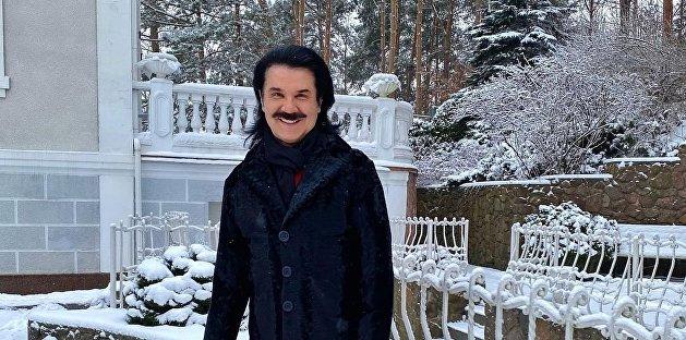 «С огромным удовольствием»: украинский артист перевоплотился в мужчину нетрадиционной ориентации