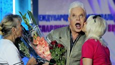 «Оливье и мандарины»: больной Моисеев ждет Пугачеву