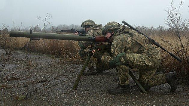 Украинская армия обстреляла школу в ДНР